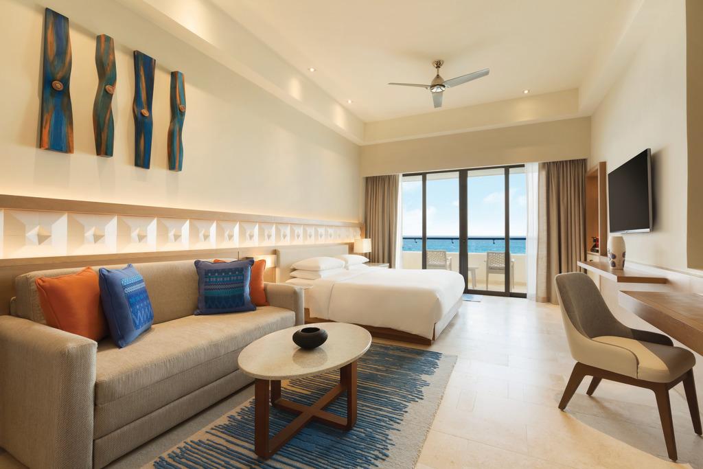 Hyatt-Ziva-Cancun-Ocean-Front-Pyramid-Suite-Bedroom-2