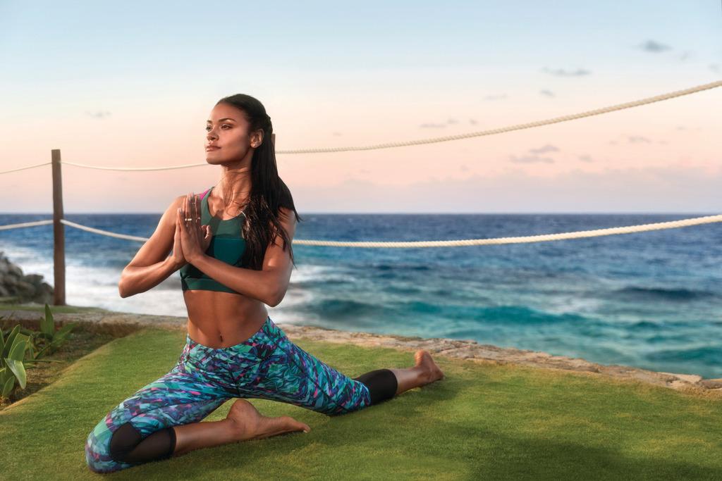 Hyatt-Ziva-Cancun-Yoga-Girl-2
