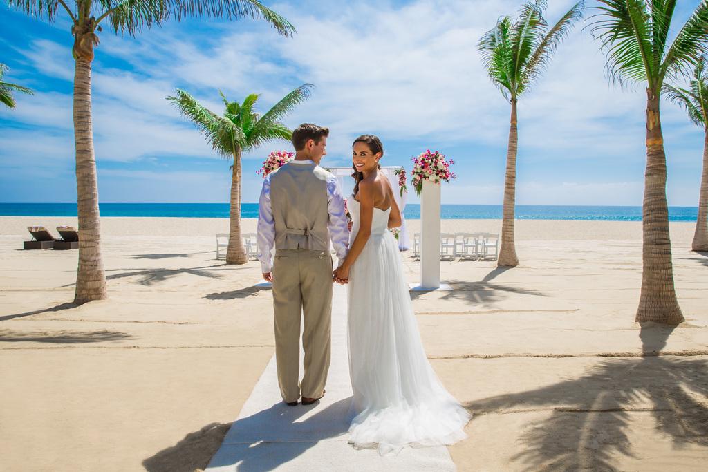 Hyatt-Ziva-Los-Cabos-Beach-Wedding-3