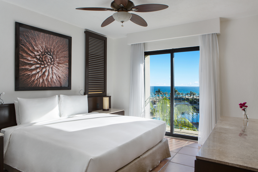 Hyatt-Ziva-Los-Cabos-Ocean-View-Two-Bedroom-Master-Suite-Master-Bedroom