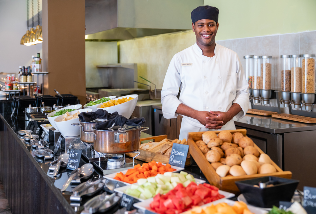 Jewel-Grande-Montego-Bay-Le-Bouchon-Restaurant-Buffet.