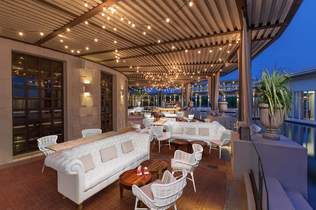 Palmera Lounge Terrace