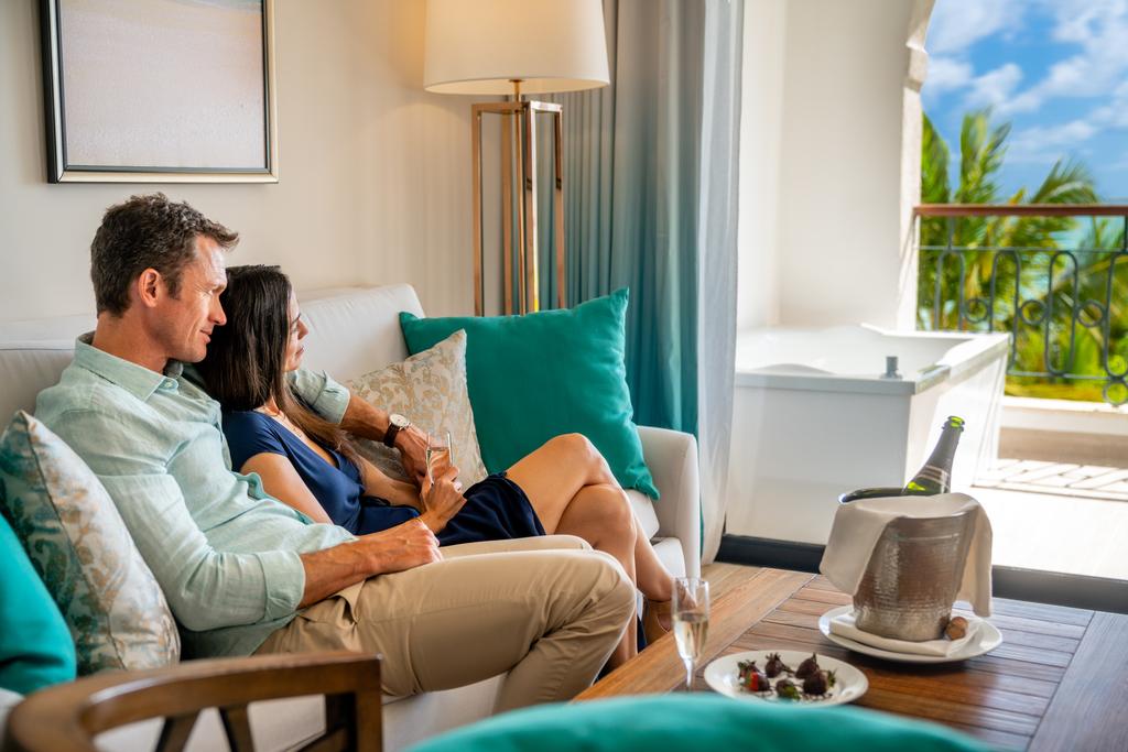 Sanctuary-Cap-Cana-Premium-Luxury-Jr-Suite-Ocean-View-couple-room