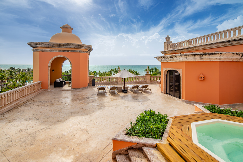 Sanctuary-Cap-Cana-Terrace-Tower-Suite-terrace-b