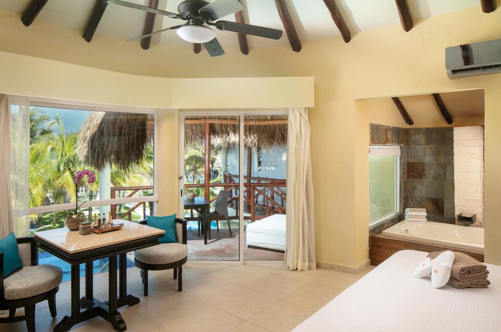 EDCR Private Pool Casita Suite – bedroom