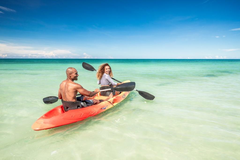 cr-sa-kayak-5e3888cd6b70e-1500×1000