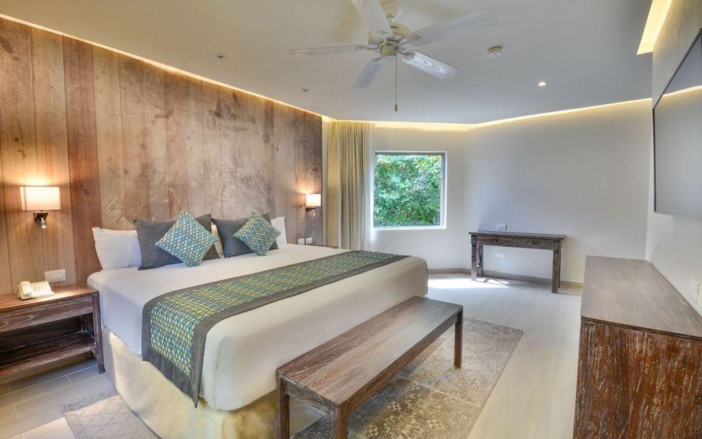 sandos_caracol_eco_signature_penthouse_room_01