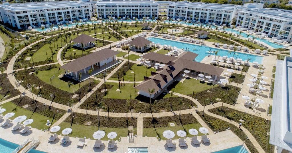 09901CircleAtParadisusPalmaReal-Aerial_resort