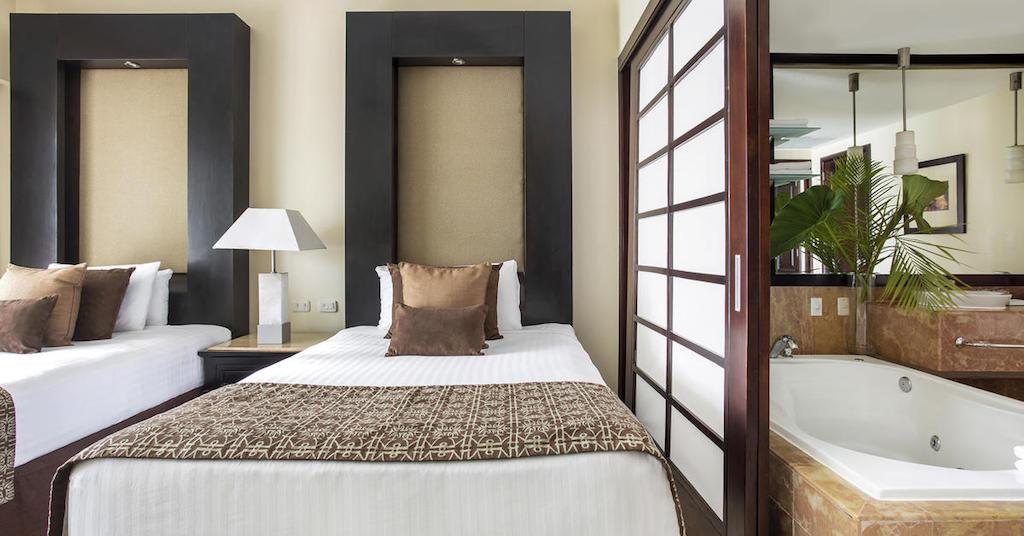 104ParadisusPuntaCanaTHR-One_Bedroom_Master_Suite_Double_Beds