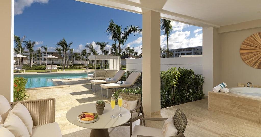 14412cGrandReserveAtParadisusPalmaReall-One_Bedroom_Master_Swim_Up_Suite-terrace