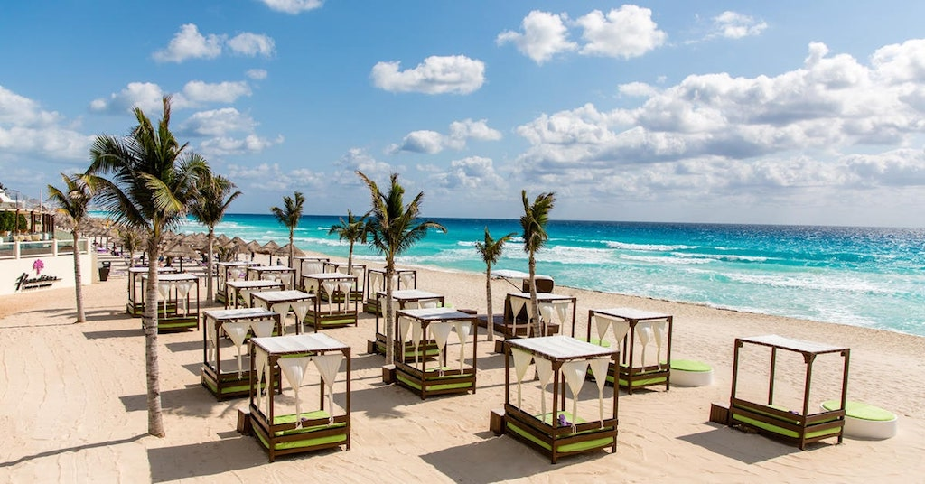 337ParadisusCancun_RS-Cocos_Beach_Club