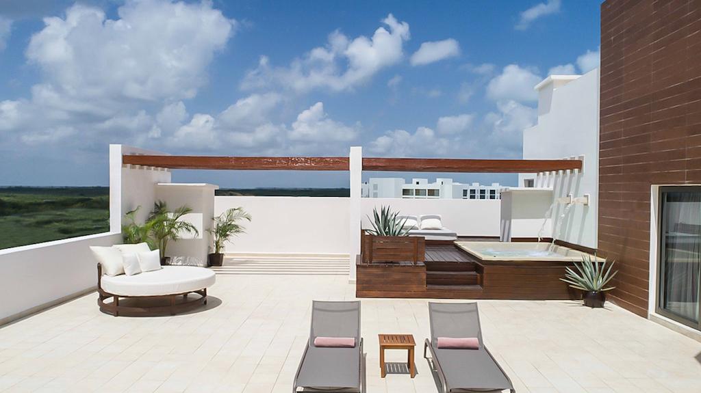 LL-EX-terrace-suite-playa-mujeres-romantic