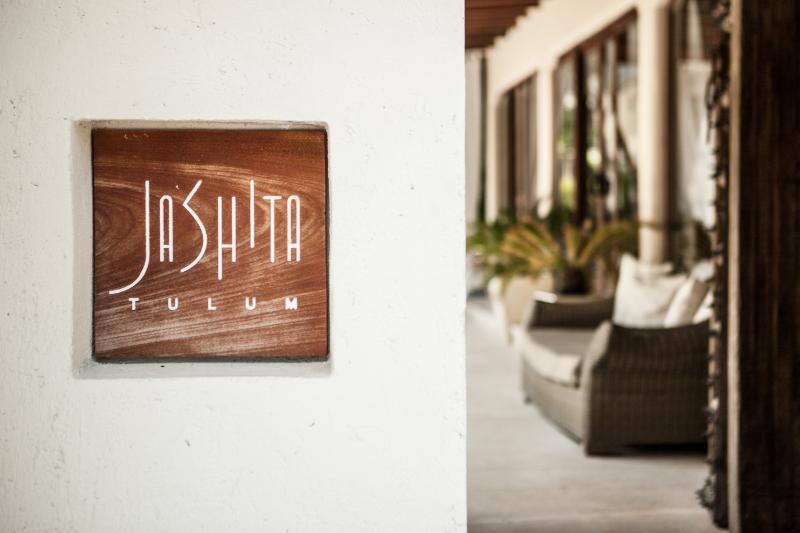 OO-JASHITA-TULUM-041a_hb_a_007