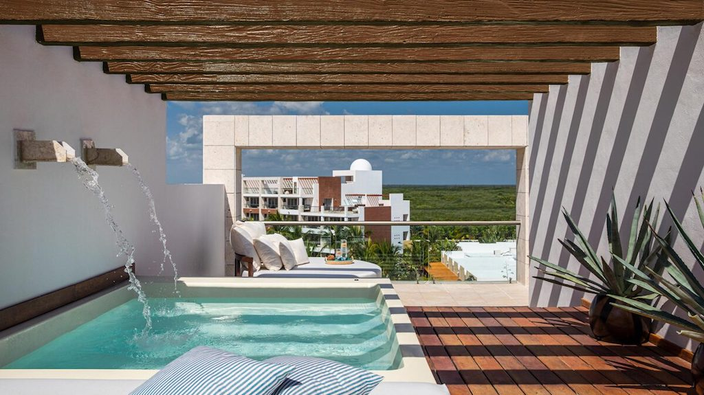 TT-EX-romantic-hotel-suites-with-jacuzzi-in-playa-mujeres
