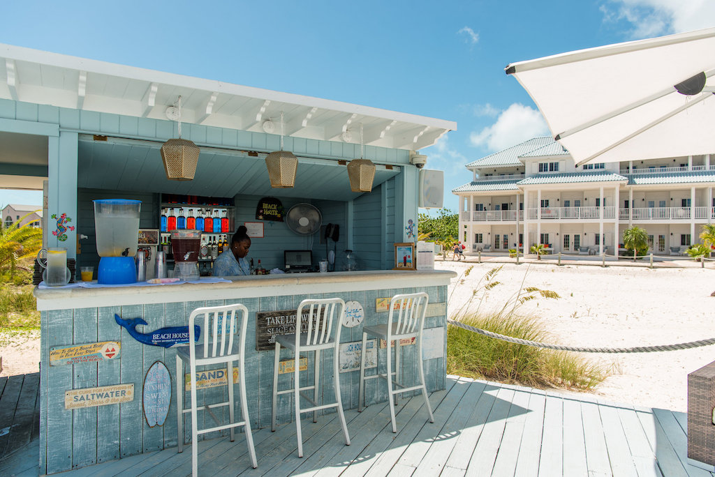 Beach_house-tc-food-beach-bar