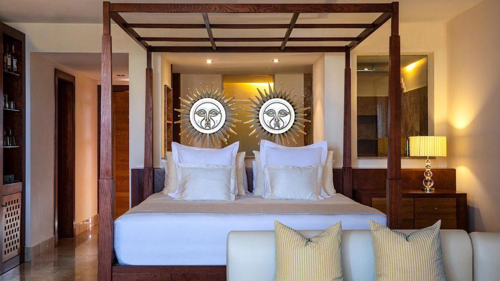 uu-EX-PMromantic-jacuzzi-suites-excellence-playa-mujeres