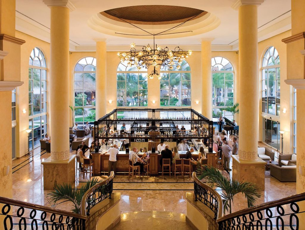 excellence-club-riviera-maya-all-inclusive-resorts-lobby-bar