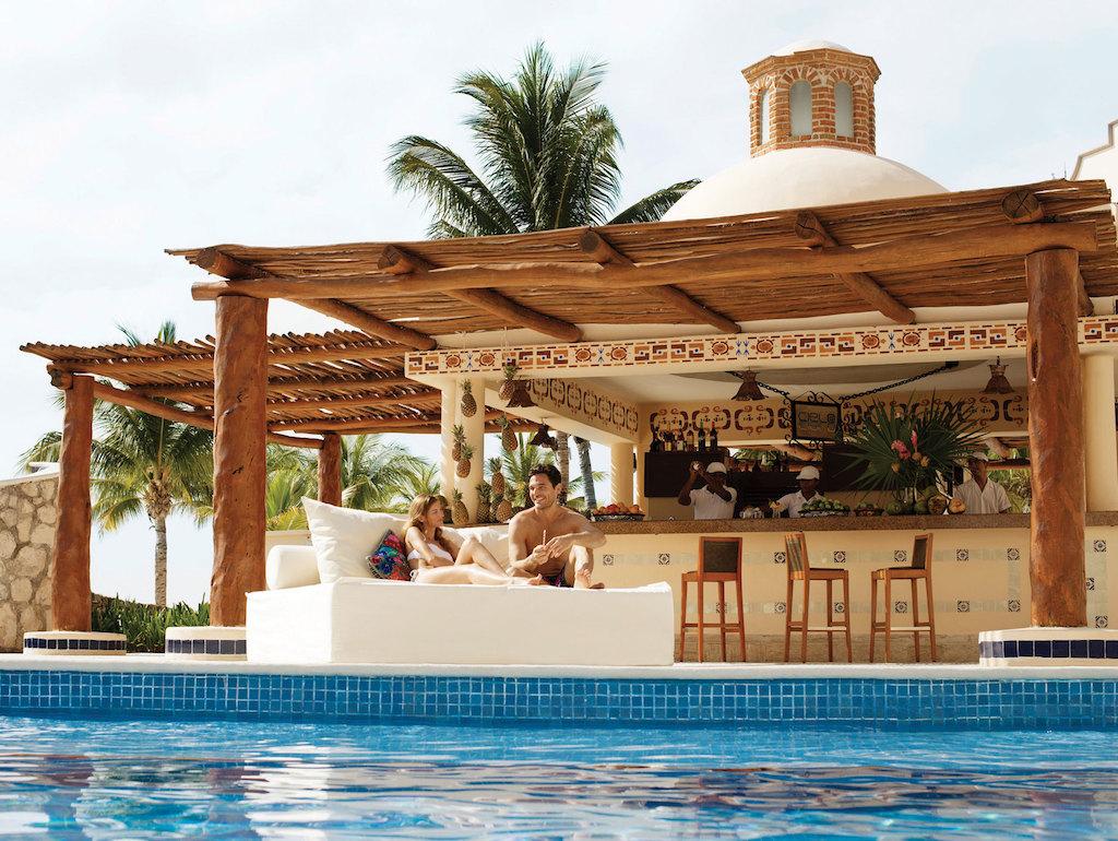 riviera-maya-bar-excellence-club-hero99