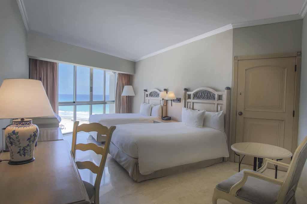 Sandos_Cancun_Room_Superior_13-_0