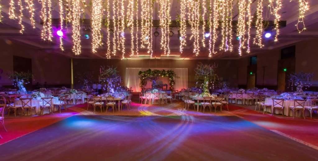 Grand-Velas-RM-Wedding-4-photogallery-large-homegvrmgallery-montaje-boda-grand-velas-riviera-maya