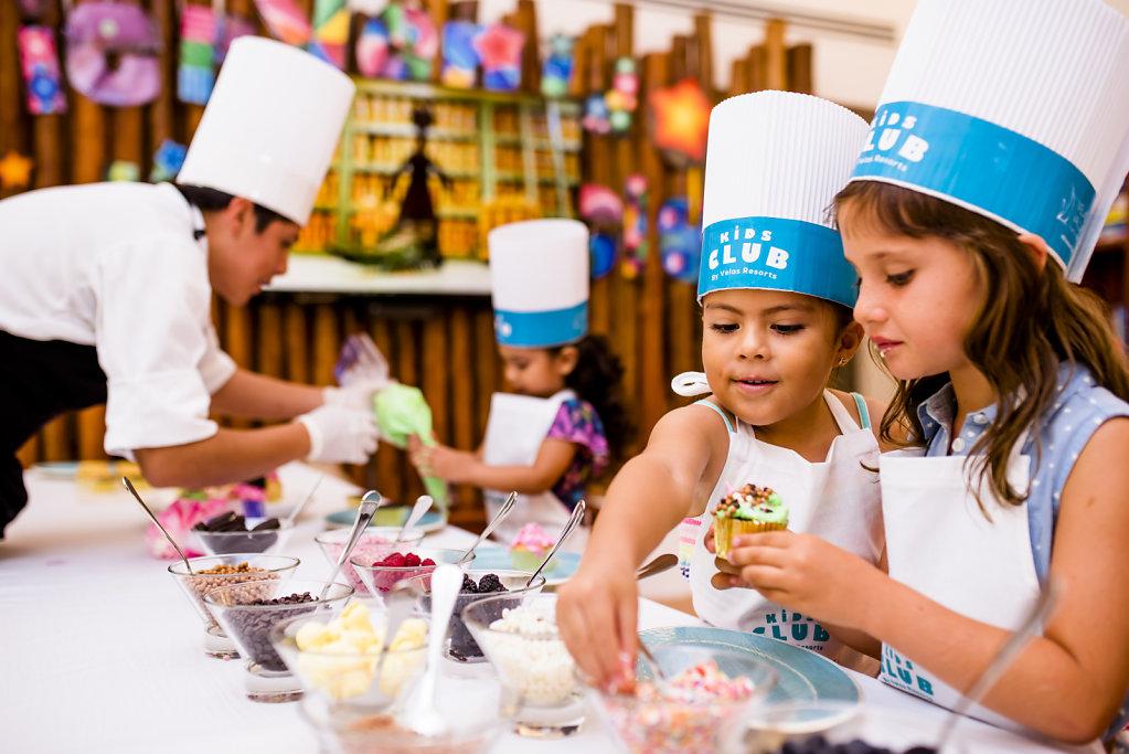Grand-Velas-Riviera-Maya19-cupcakes-2,large.1582830678