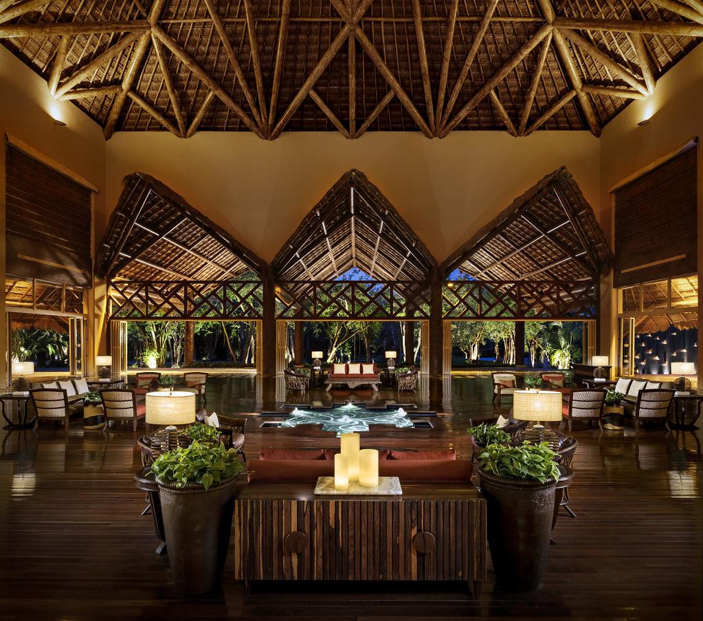 Grand-Velas-Riviera-Maya19-zen-lobby,large.1582830678