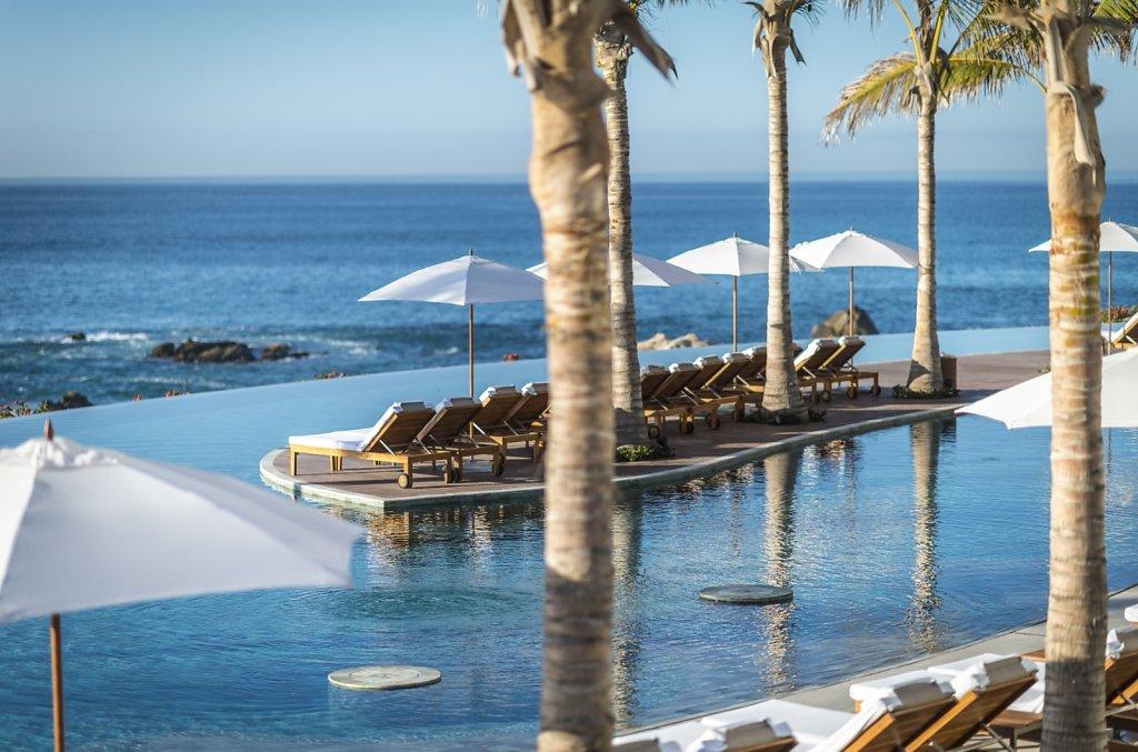 Grand-Velas-Los-Cabos-04-playa-large.1582830678