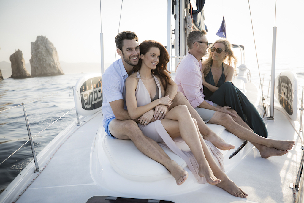 lblc_Couples_on_sailboat_5