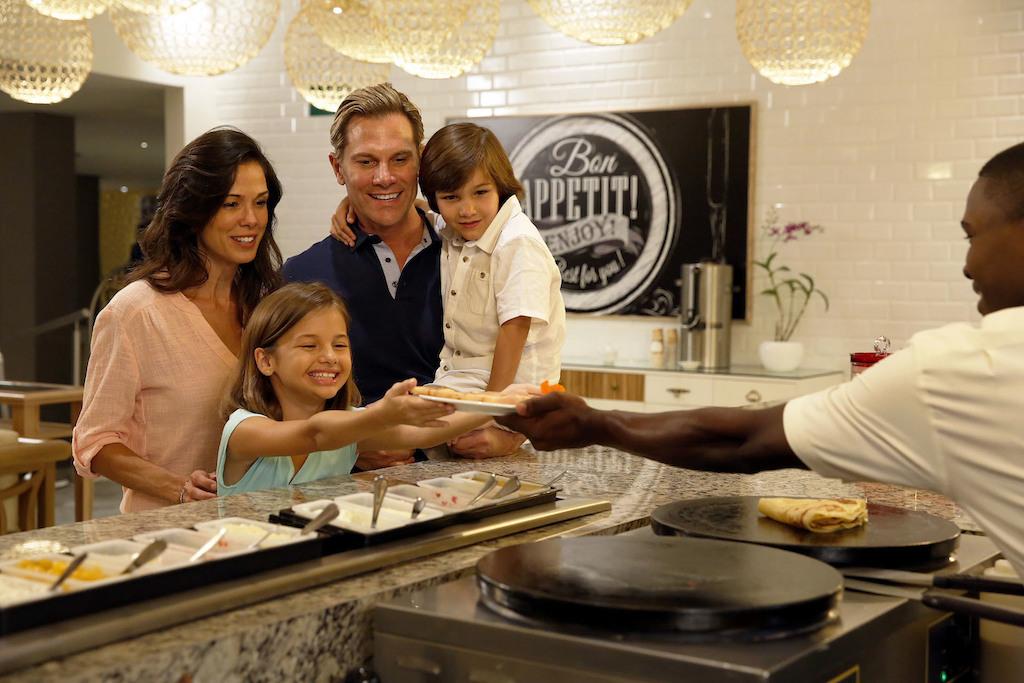 mpj_Family at Boulangerie