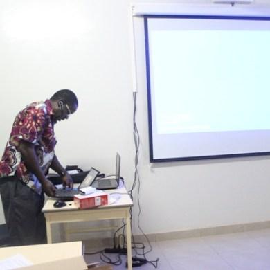 NTIC et Education: Des Enseignants du CEFISE /Benaja outillés à l'application du logiciel Dragon.