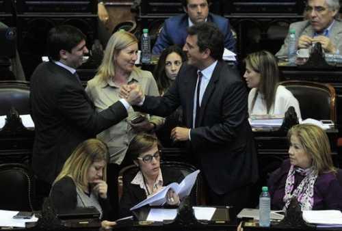 massa-legisladores