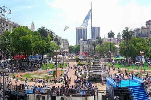 plaza-de-mayo-despedida