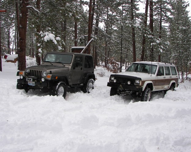 Photos: EWOR Pine Mountain New Year 4×4 Snow Run 20