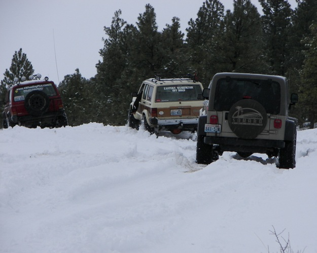 Photos: EWOR Pine Mountain New Year 4×4 Snow Run 22