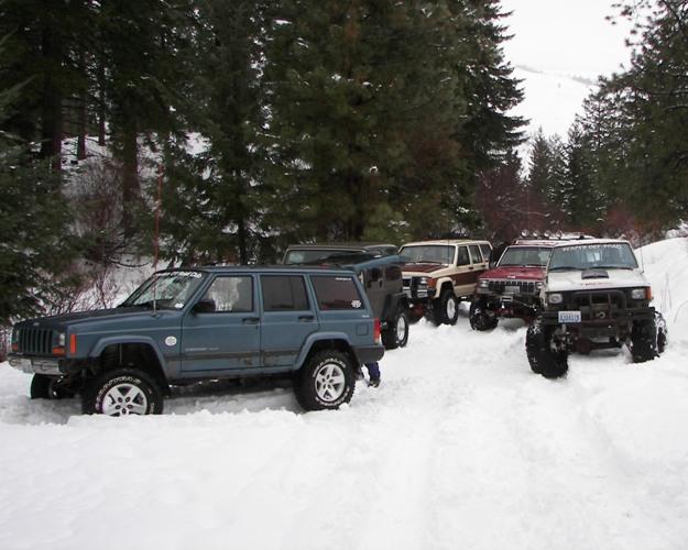 Photos: EWOR Pine Mountain New Year 4×4 Snow Run 42