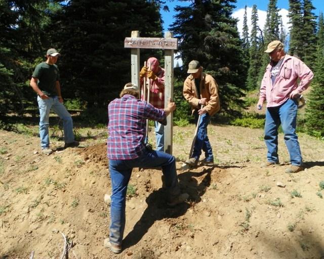 Photos: Trail 4W613 Work Day 4