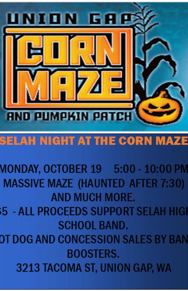 Selah Night at the Corn Maze