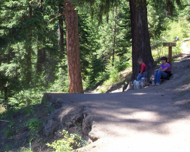 Photos: Boulder Cave Hike and Sightseeing Drive 5