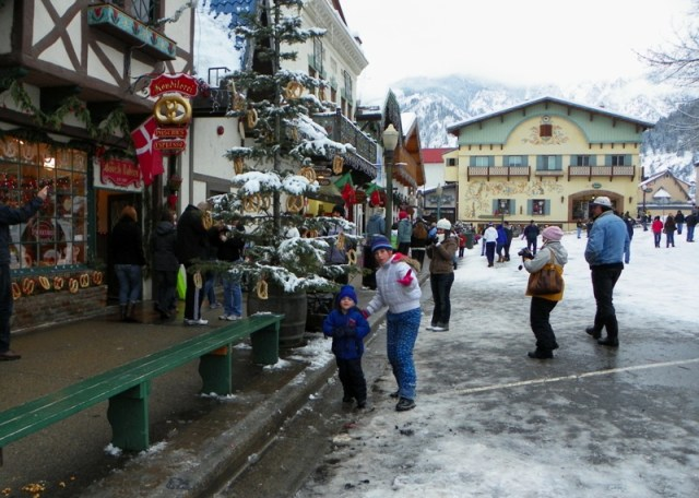 Photos: EWA Road Trip - Leavenworth Christmas Lighting Festival 21
