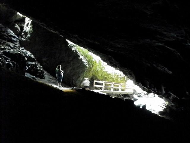 Boulder Cave Hike 43