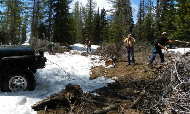 Memorial Day 4×4 Snow Run at the Ahtanum State Forest 40