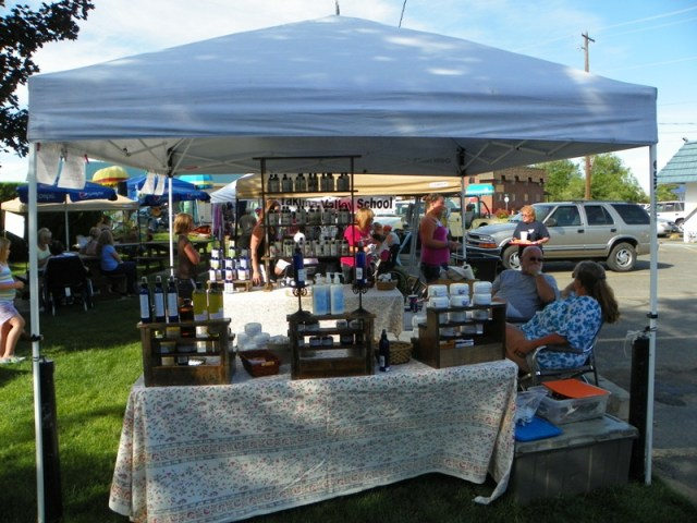 Photos: Selah's Wednesday Market 2012 Season Opening 12