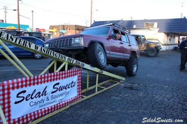 Selah_Jeep_24