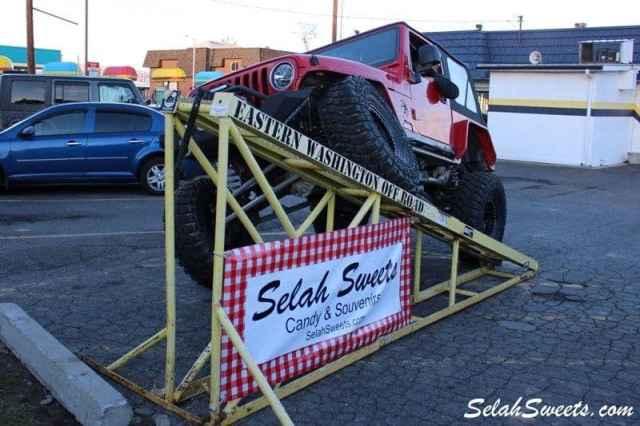 Selah_Jeep_32