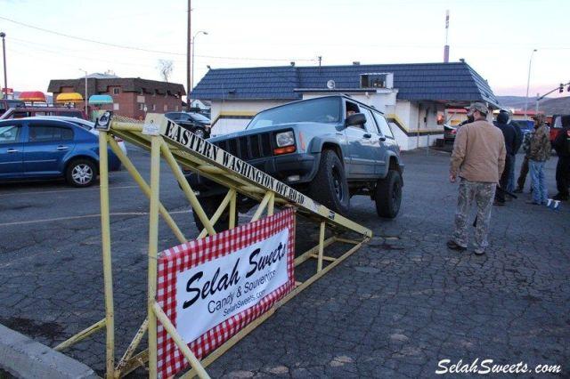 Selah_Jeep_45