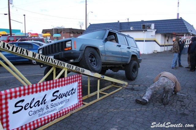 Selah_Jeep_46