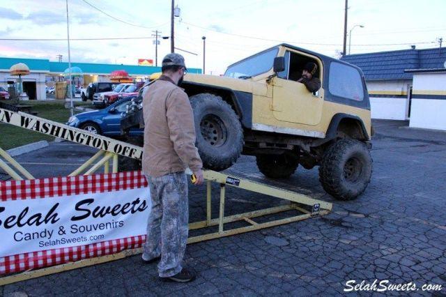 Selah_Jeep_47