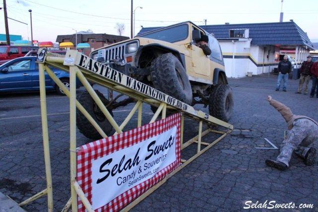 Selah_Jeep_48