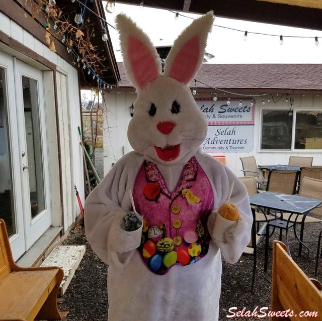 Easter Bunny likes Shaved Ice