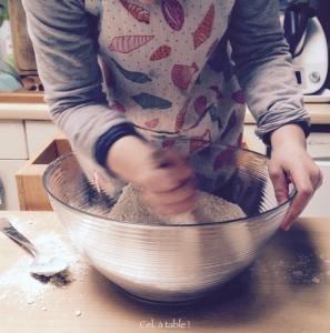 mélanger les ingrédients secs